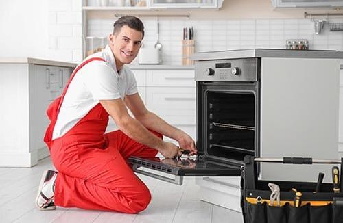 Ремонт газовых плит, духовок, варочных поверхностей, вызов мастера. Цены на ремонт.